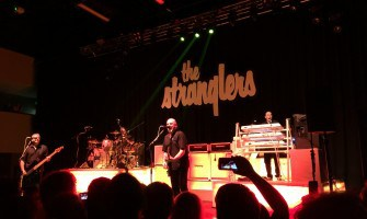 The Stranglers – Walk on By